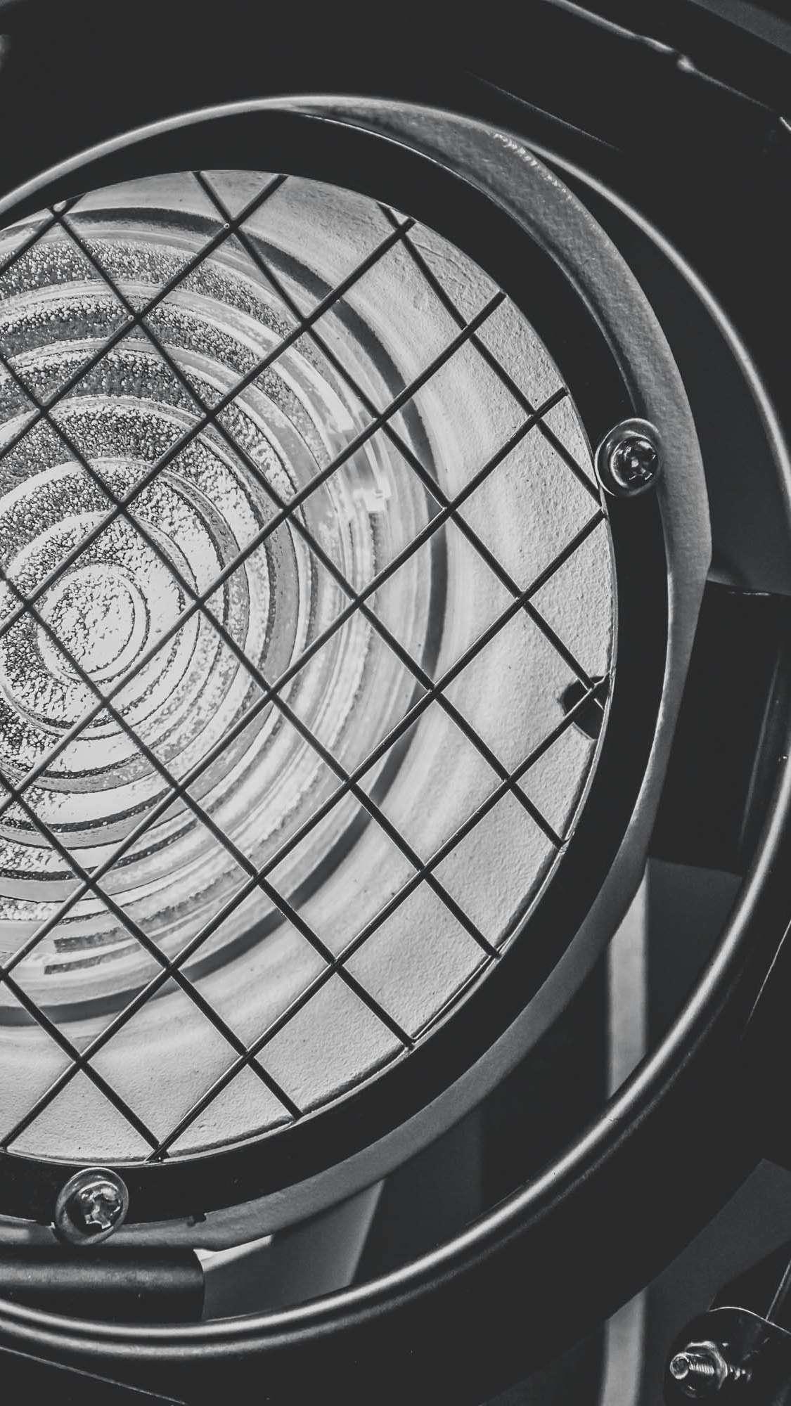 Klangfein - Lichttechnik | Theater | Scheinwerfer | Spot | Theater | Veranstaltungstechnik | LED | Beleuchtung | Messe | Event | Firma | Business | Buchen | Mieten | Anfragen | Hannover