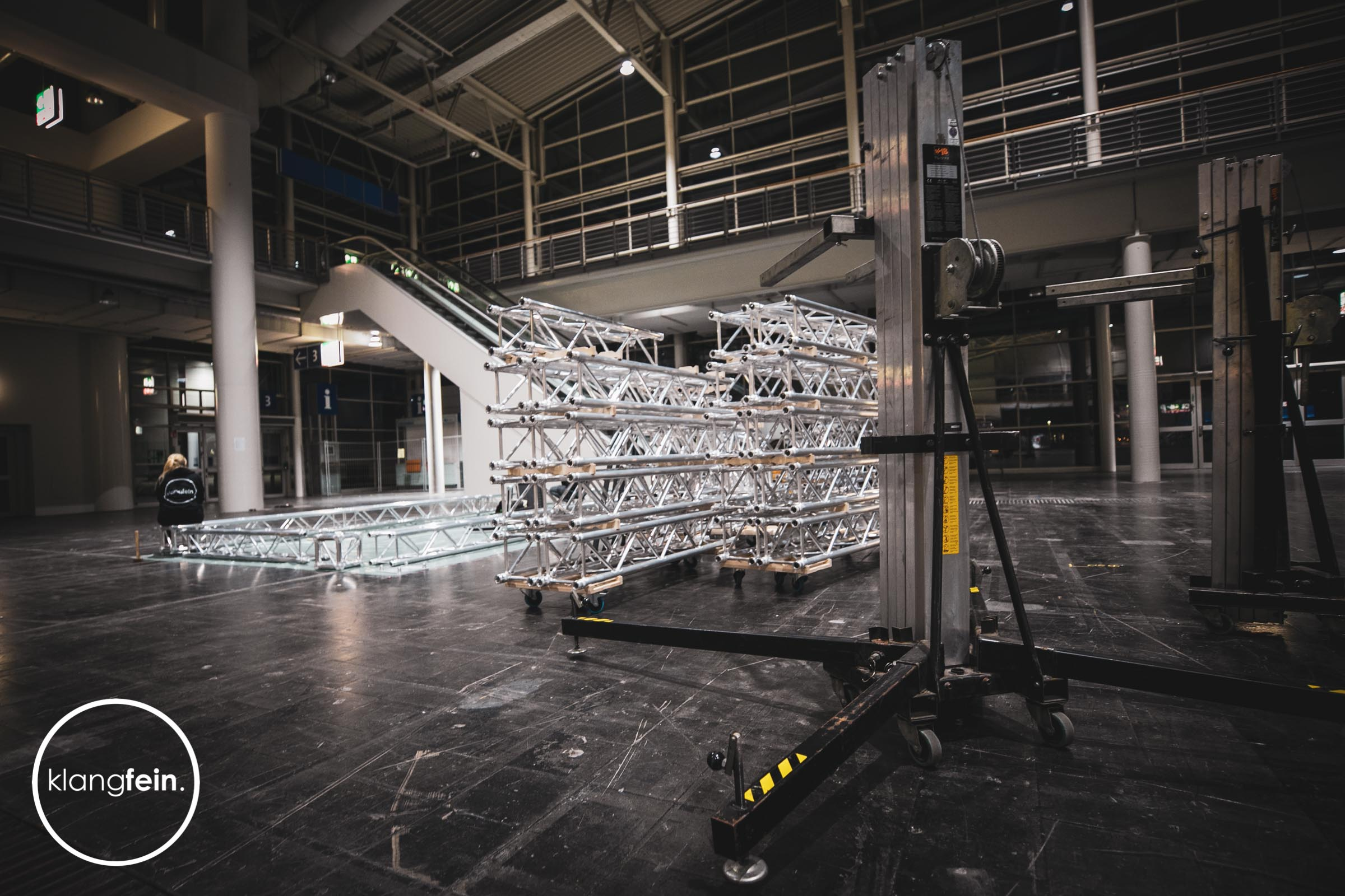 Messestand | Bauen | Leihen |Agentur |Hannover |Klangfein | Traversen | Konstruktion | Truss | Construction |Planung |Konzeption | Light |Sound |Design |Architektur |Planung |Messe
